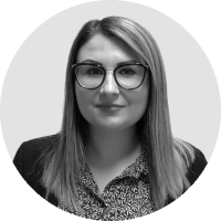 Inline-Policy-Denisa-meet-the-team-bw